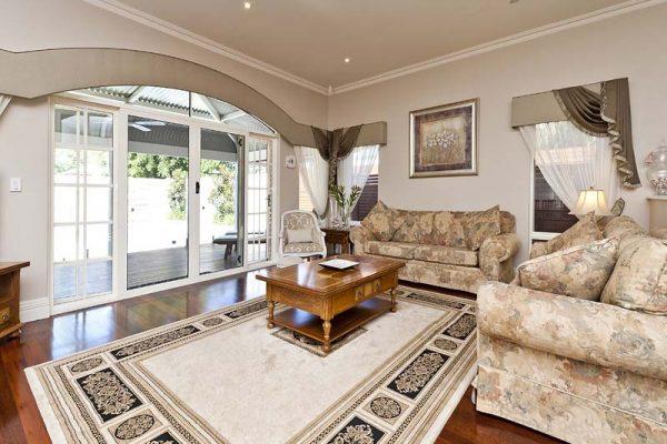 Waverley St family room 2