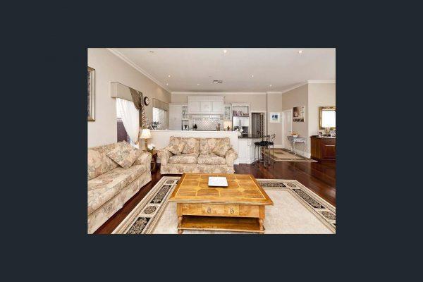 Waverley St family room