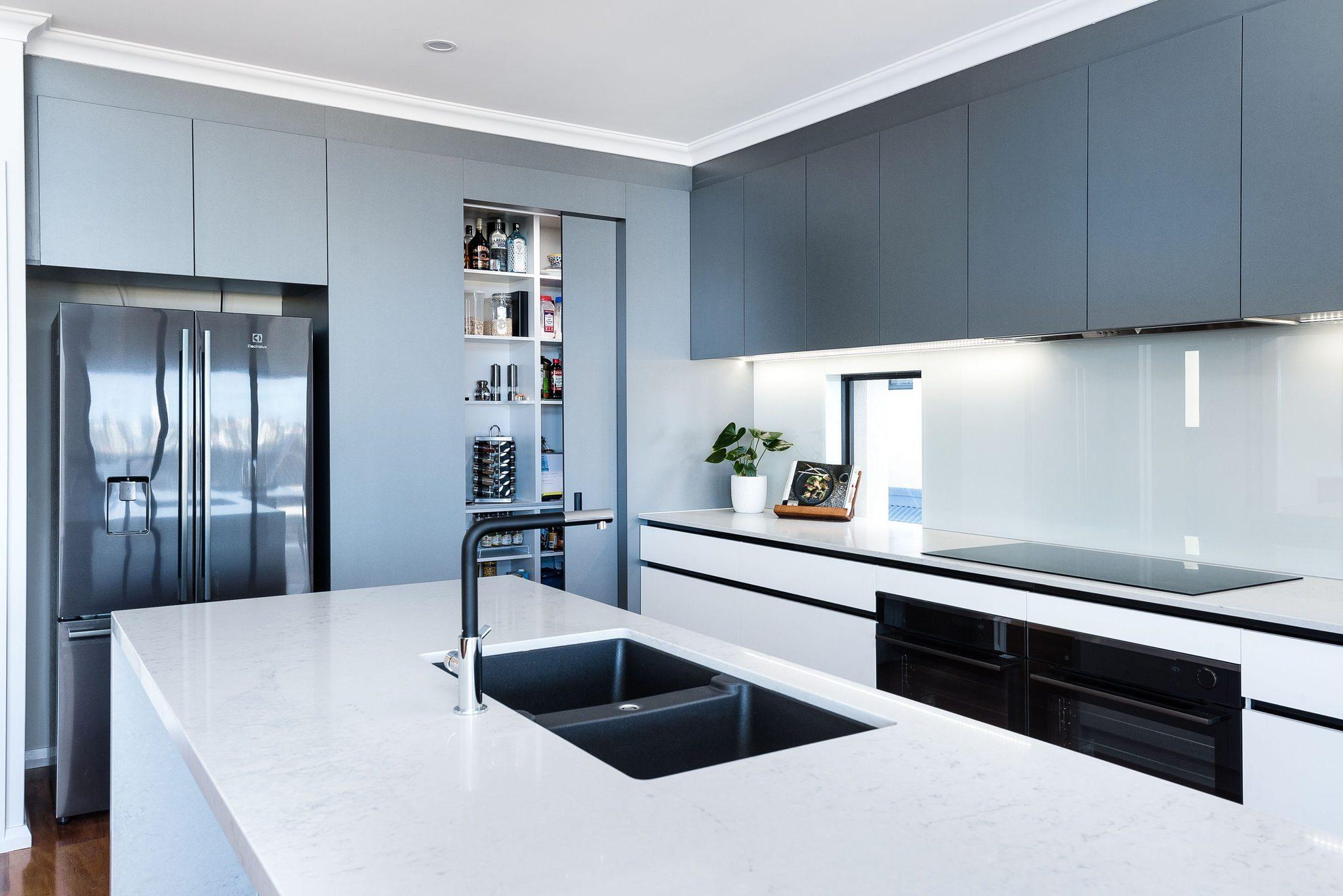 black-sink-tapware-caesarstone-benchtops